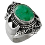 silver ring with emerald