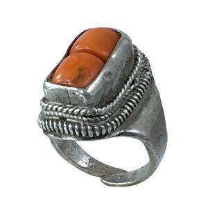 anelli etnici d'importazione